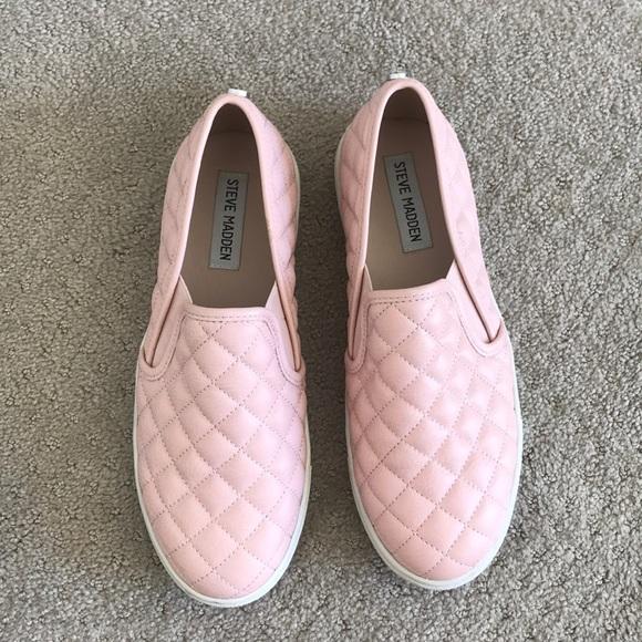 Steve Madden Ecentrcq Slip On Sneaker